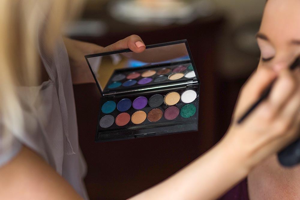 Ein Make-Up-Check in Deinen Farben